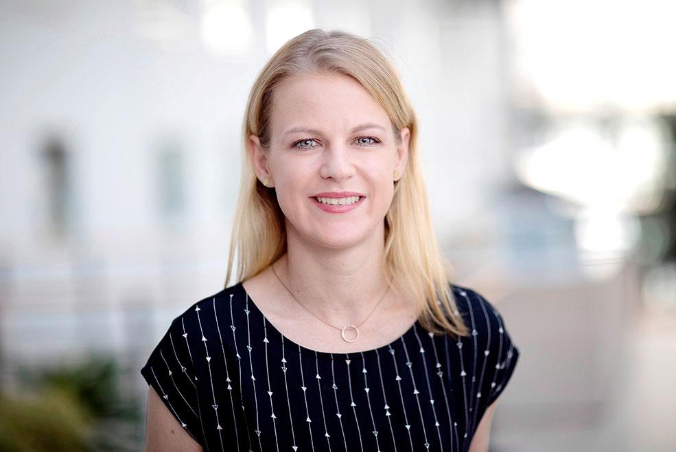 Miranda Meier, Pressesprecherin des ESTREL Hotel spricht über Canto