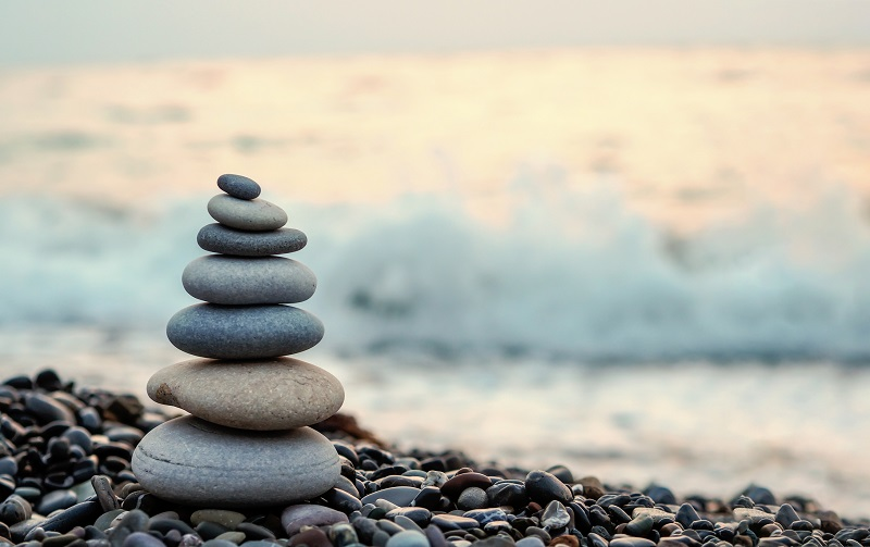 Stones balancing on top of each other.
