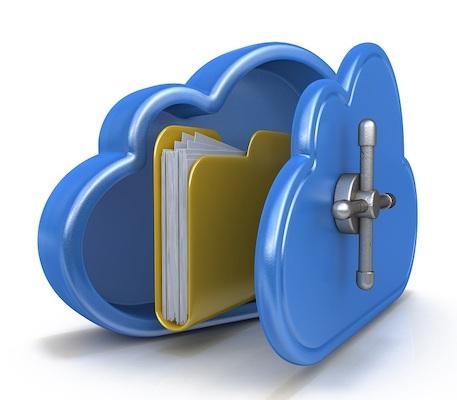 In einem Tresor in Form einer Wolke, der für Cloud-Speicher steht, befindet sich ein Dateiordner.
