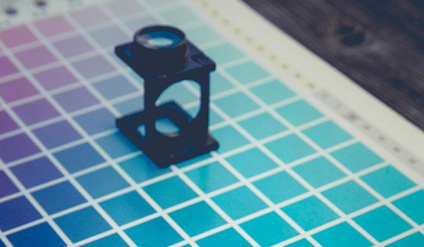 Ein Farbschema in der Vergrößerung; mögliches Element für ein Rebranding.