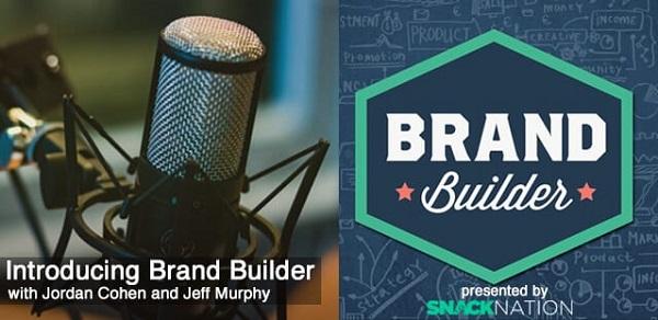 Eine Werbung für den Podcast 'Brand Builder'.