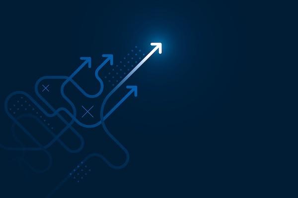 Digitale Pfeile, die diagonal über einen blauen Bildschirm verlaufen.