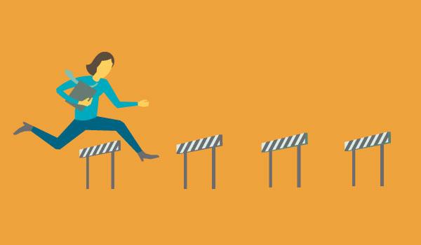 Abbildung einer Frau beim Hürdenlauf.