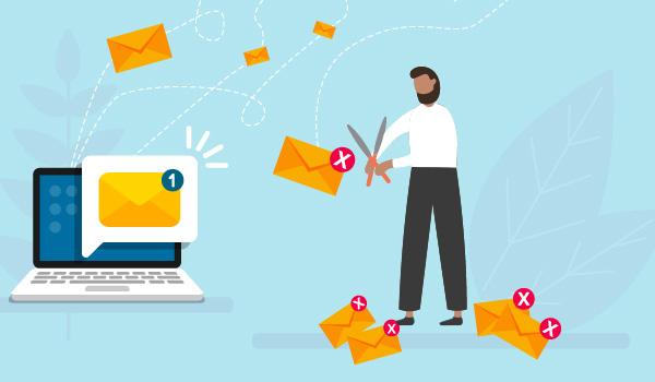 Illustration eines Gärtners, der inaktive Abonnenten aus seiner Mailing-Liste entfernt, zur Veranschaulichung, wie man E-Mail-Listen verwalten kann.